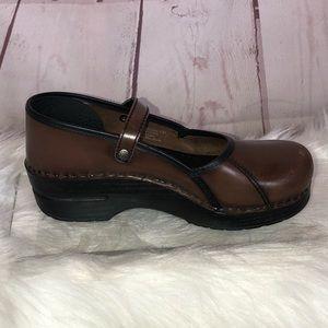 Dansko Maryjanes Leather Clogs Size 38 / 8